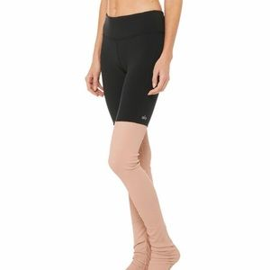 Alo Yoga Goddess Legging